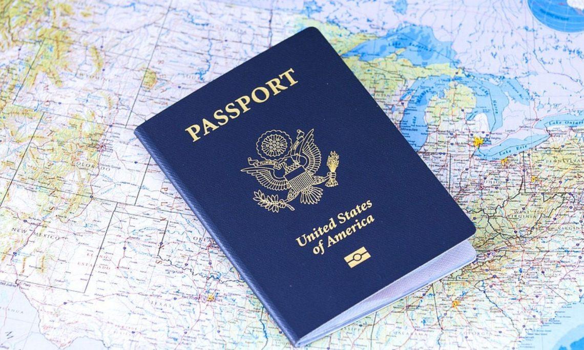 passport-2642170_960_720-2000x1125-1-1140x684