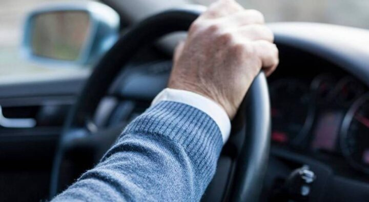 Drivers were advised not to rush to leave their documents at home