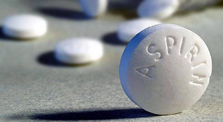 Experts explain the link between aspirin and cancer