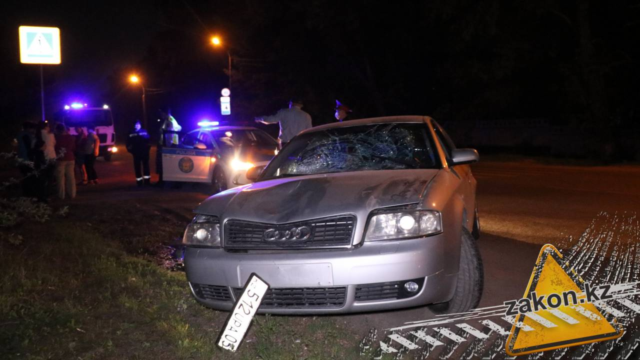 Torn off a wheel after a collision – Audi hit a girl on the Ili highway